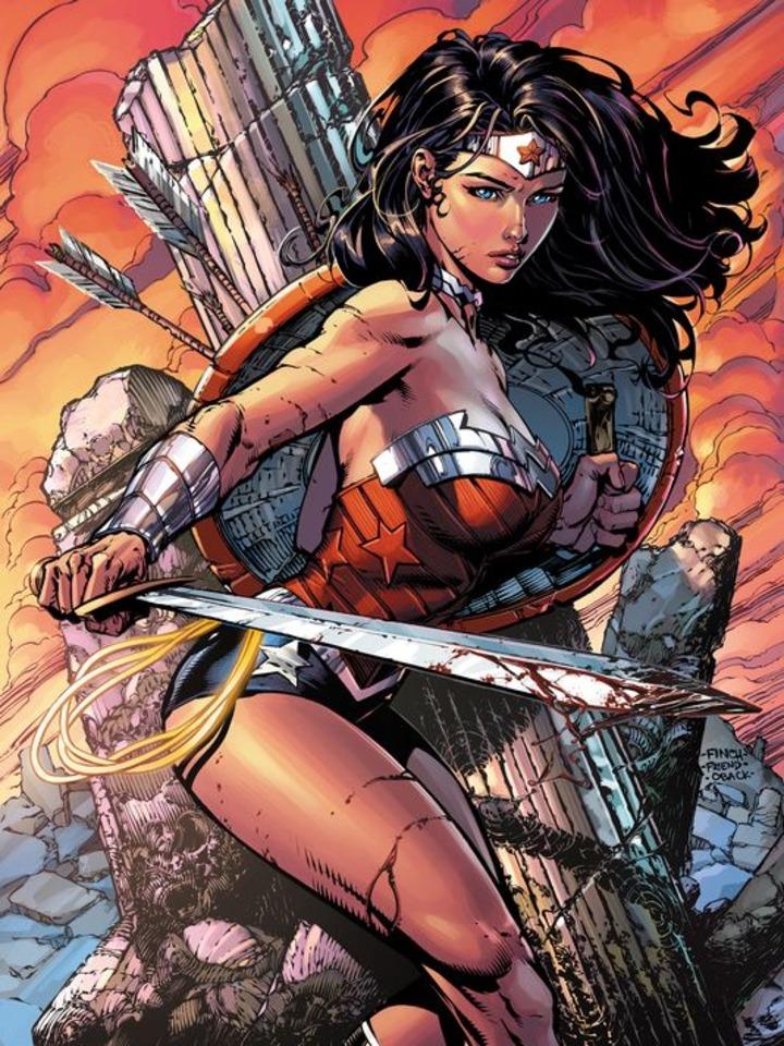 Fabuleux Wonder Woman, au cinéma et en libairie avec Urban Comics XO44